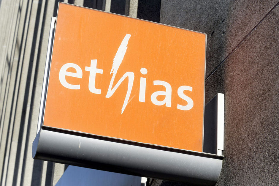 Ethias houdt nog 4.800 dure First-contracten over